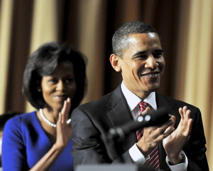 obamas-applaud-blair-thumb-300x240